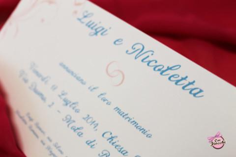 invito nozze personalizzato sui toni del rosa e dell'azzurro