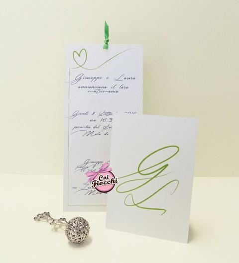 partecipazione nozze elegante con le iniziali degli sposi verdi