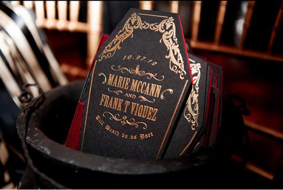 Matrimonio a tema Halloween: benvenuti nel castello di Dracula dettagli tavolo2