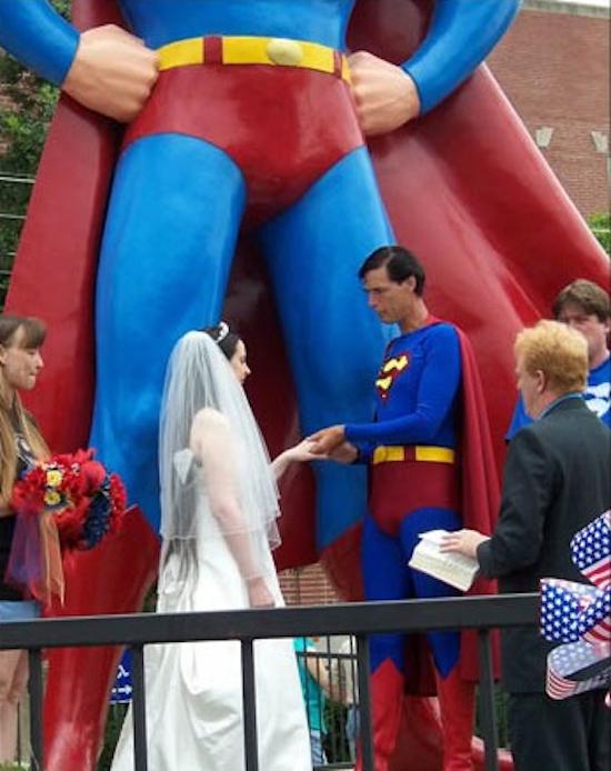 10 matrimoni nerd che accresceranno la vostra autostima-matrimonio-superman