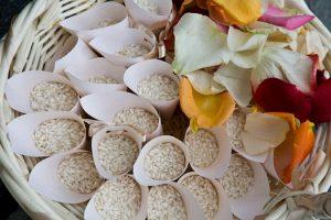 tradizioni-coi-fiocchi-il-velo-gli-anelli-e-il-riso-copertina