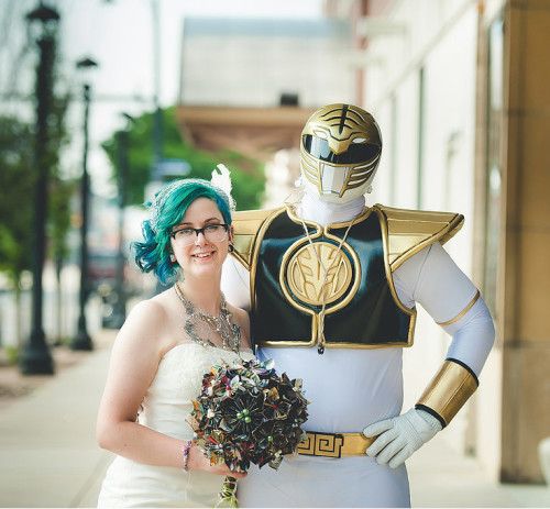 10-matrimoni-nerd-che-accresceranno-la-vostra-autostima-matrimonio-power-rangers