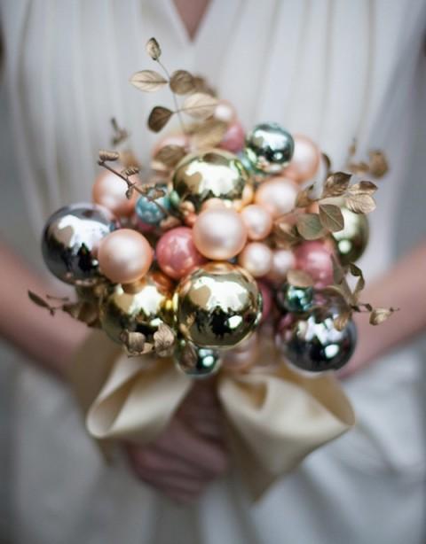 christmas-bulb-bouquet-vertical