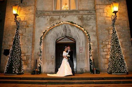 alternative tag_idee per matrimonio natalizio_esterno chiesa