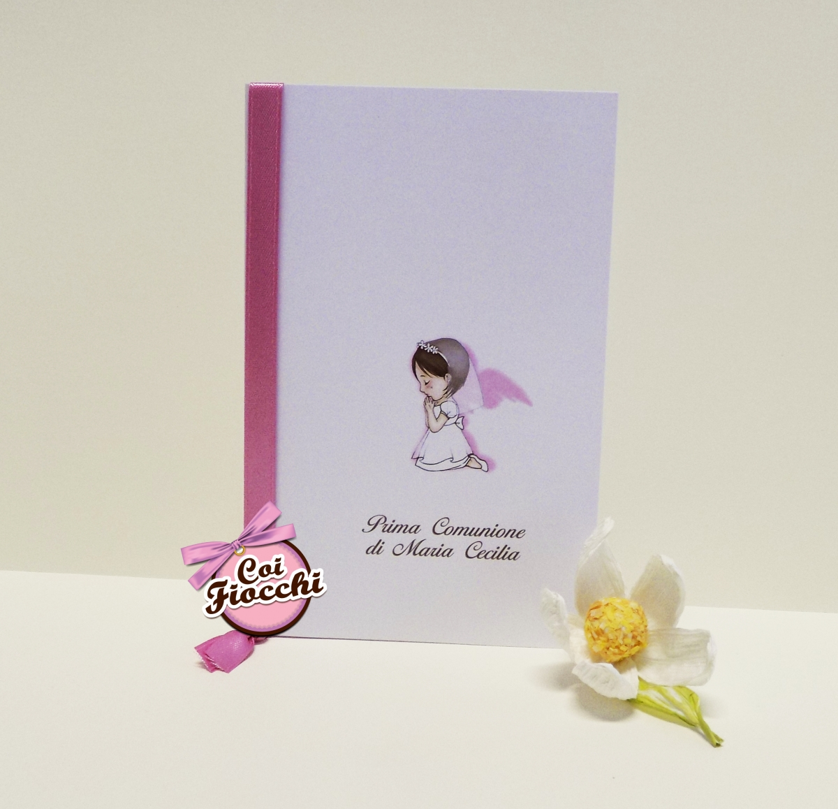 inviti-comunione-per-bambina-e-bambino-coi-fiocchi-bimba-angioletto-disegnato