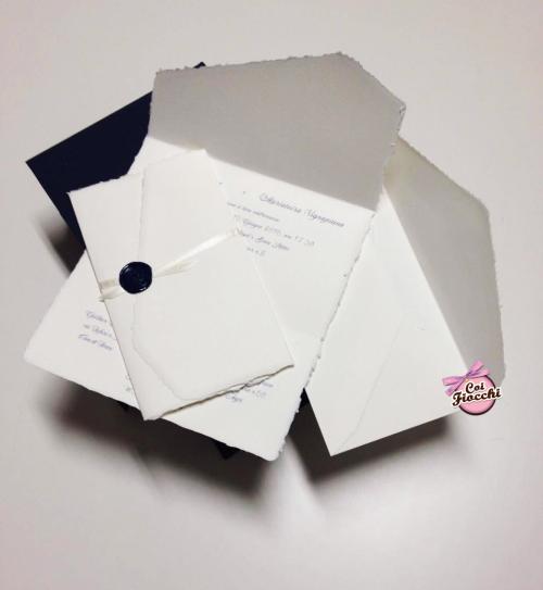 inviti-nozze-in-carta-damalfi-coi-fiocchi-wedding-design-invito-a-foglio-unico
