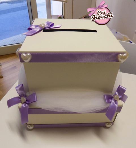 scatola portabuste con-nastro-glicine-cuori-e-tulle