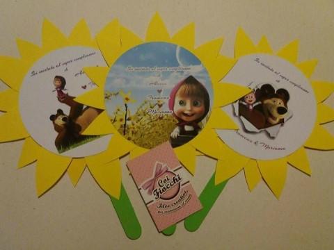 Inviti di compleanno fatti a mano a tema Masha e Orso_invito girasole_immagini assortite