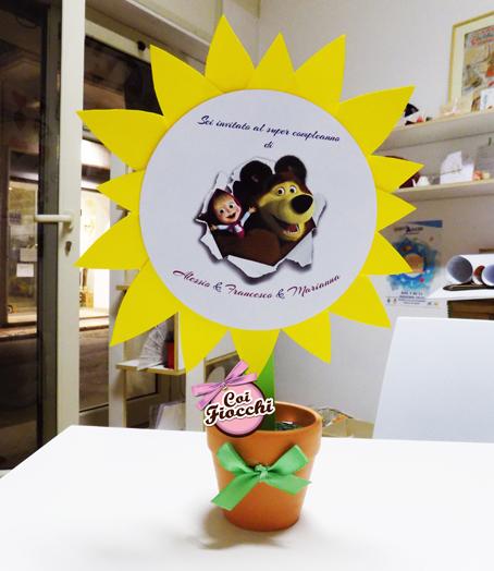 Inviti di compleanno fatti a mano a tema Masha e Orso_girasole piantato in vasetto
