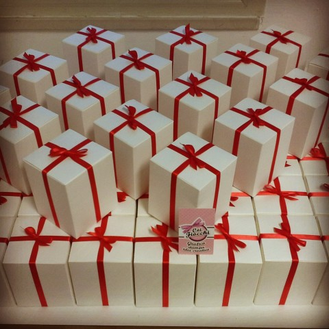 partecipazioni di nozze natalizie per chi si sposa a Dicembre-partecipazioni in scatola
