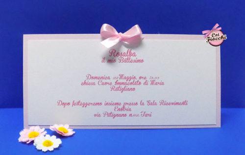 invito-di-battesimo-classico-per-bimba-con-doppio-rettangolo-coi-fiocchi-wedding-design