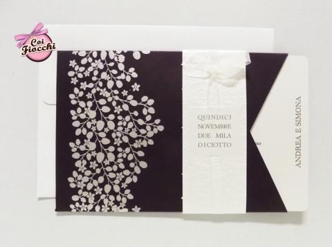 partecipazioni-di-nozze-a-tema-albero-della-vita-contrasti-cromatici