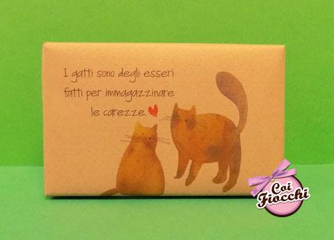 segnaposto nozze tema gatti saponetta profumata in sapone naturale con gatti disegnati e citazione