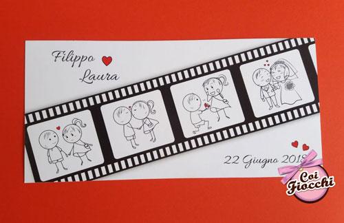 partecipazione-matrimonio a tema cinema con scenette stilizzate all'interno della pellicola cinematografica