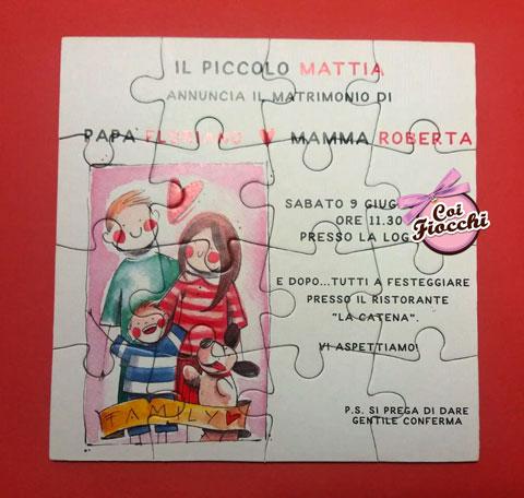 partecipazione di matrimonio con i figli in formato puzzle e disegno ad acquerello dove il figlio annuncia le nozze dei genitori. Disegno di Simona Ercole.