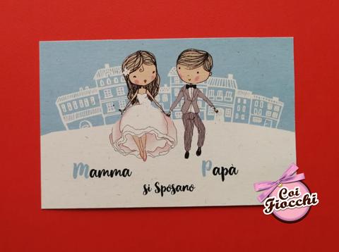 partecipazione nozze economica a tema viaggio con sposini stilizzati per coppie con figli