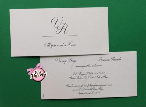 partecipazione nozze economica semplice ed elegante con iniziali sposi e citazione