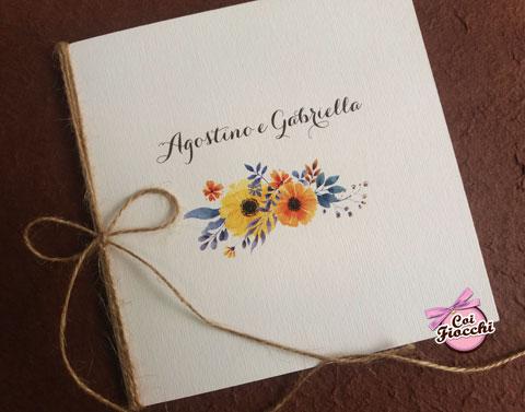 partecipazioni-di-matrimonio-boho-chic-con-fiori-giallo-arancio-coi-fiocchi