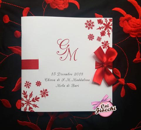 libretto messa per matrimonio invernale con fiocco e cristalli di neve rossi
