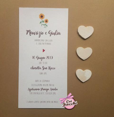 partecipazione nozze rustica formato verticale in carta riciclata con girasoli