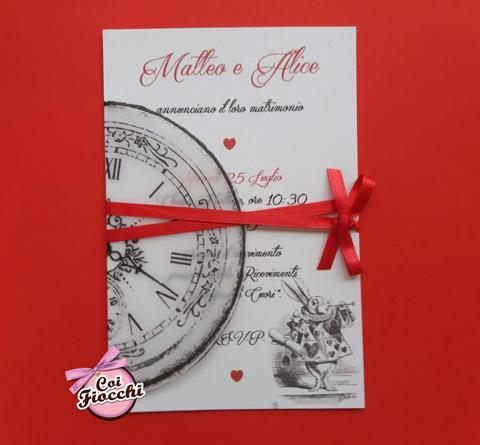 partecipazione nozze tema alice nel paese delle meraviglie vintage con orologio e bianconiglio