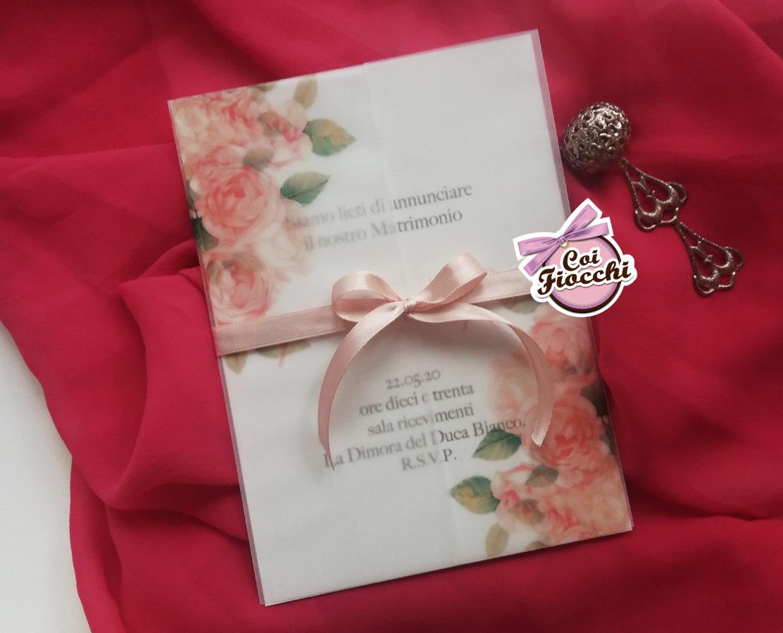 Scegliere la carta giusta per la partecipazione di nozze_carta trasparente con rose