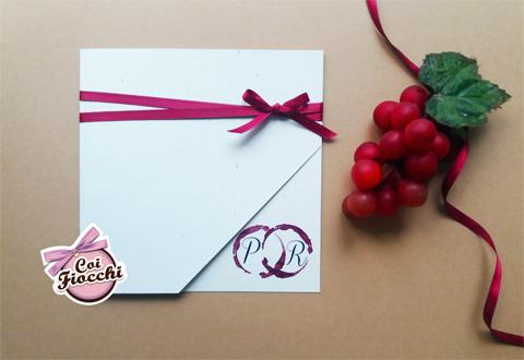 partecipazioni-nozze-ispirate-alle-quattro-stagioni-tema vino elegante color vinaccia