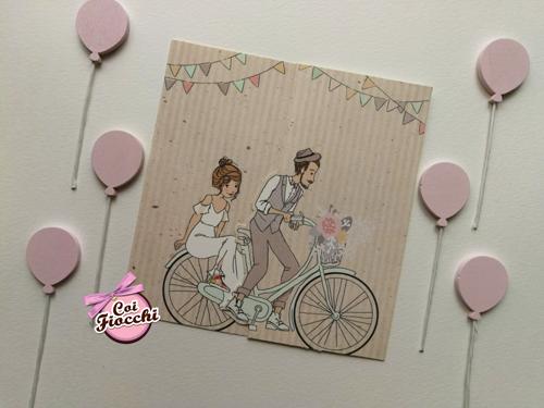 partecipazione nozze romantica disegno sposi in bicicletta