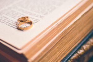 partecipazioni di matrimonio a tema libro