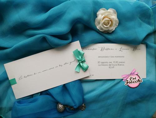 Partecipazione elegante e semplice con citazione e fiocco color Tiffany